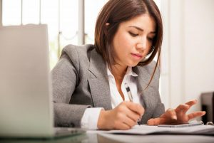 women studying accredited training course online in MYOB Quickbooks Xero